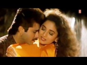 Anil-Kapoor-Madhuri-Dixit-Hottest-Bollywood-On-Screen-Couples